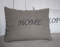 Coussin lin brodé home-deco scandinave