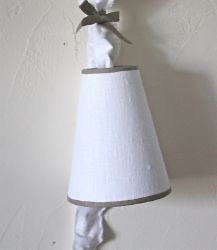 Lampe baladeuse lin blanc et son fourreau-Decoration de charme